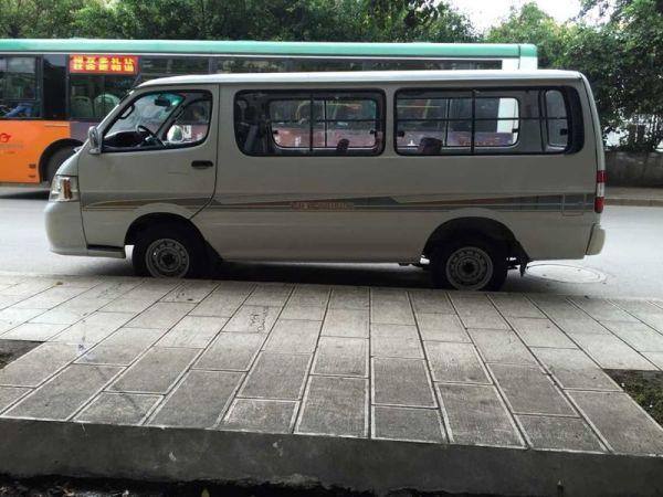 【昆明市】福田 风景快运 2012款 2.0l 汽油vvt长轴标准版