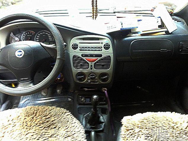 昆明菲亚特西耶那2002年上牌二手车报价